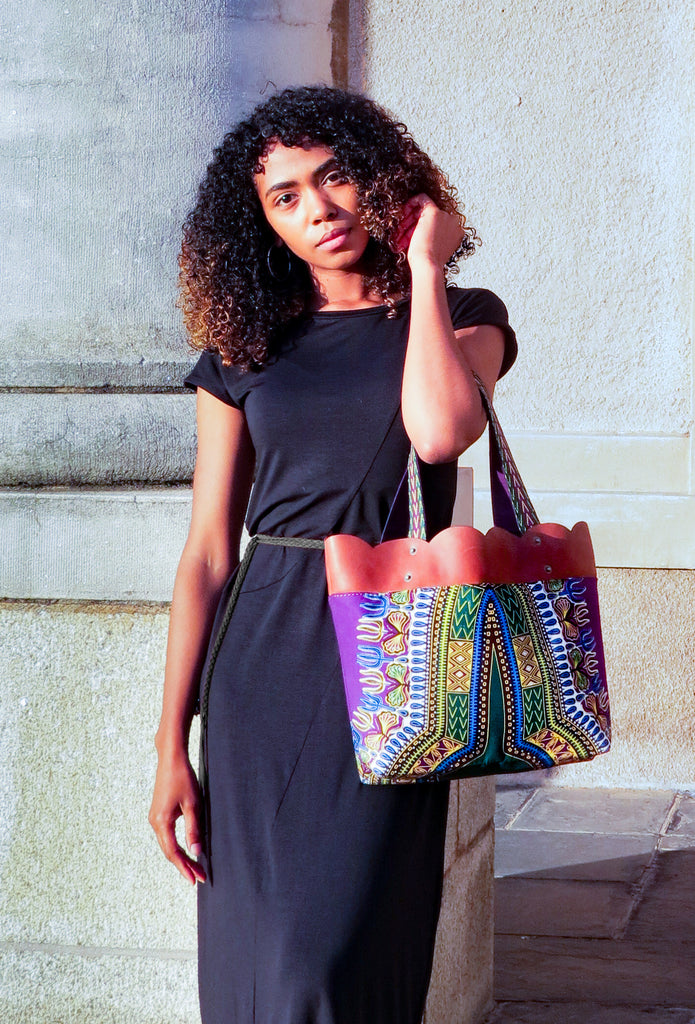 African scallop tote