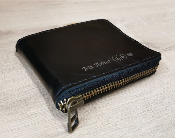 Zipped leather billfold