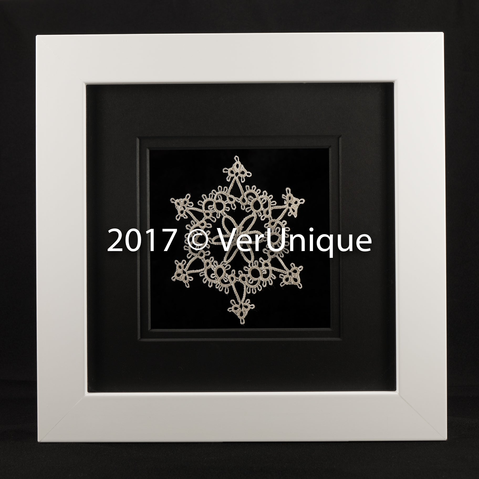 Framed Tatted Snowflake_09