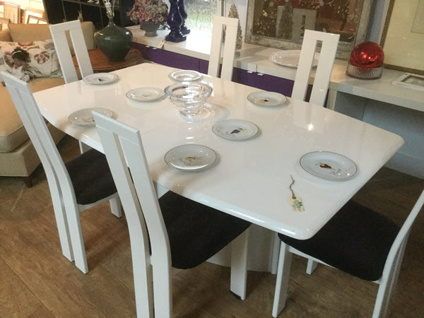 Pietro Constantine table and chairs  12/9