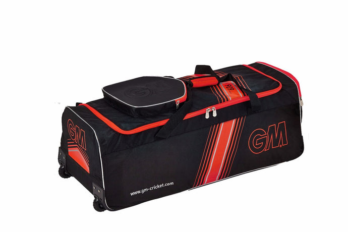 GM 909 Wheelie Cricket Kit Bag