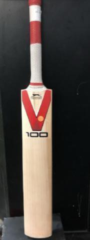 Slazenger V100 G1+ Cricket Bat