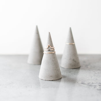 Modern Concrete Ring Holder