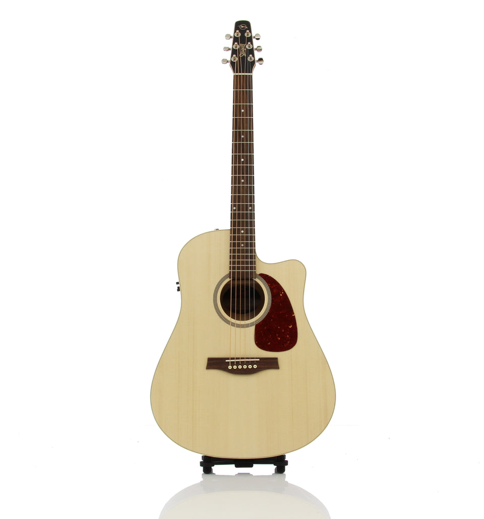 Seagull Coastline Slim Cutaway Spruce QIT Acoustic Electric Guitar