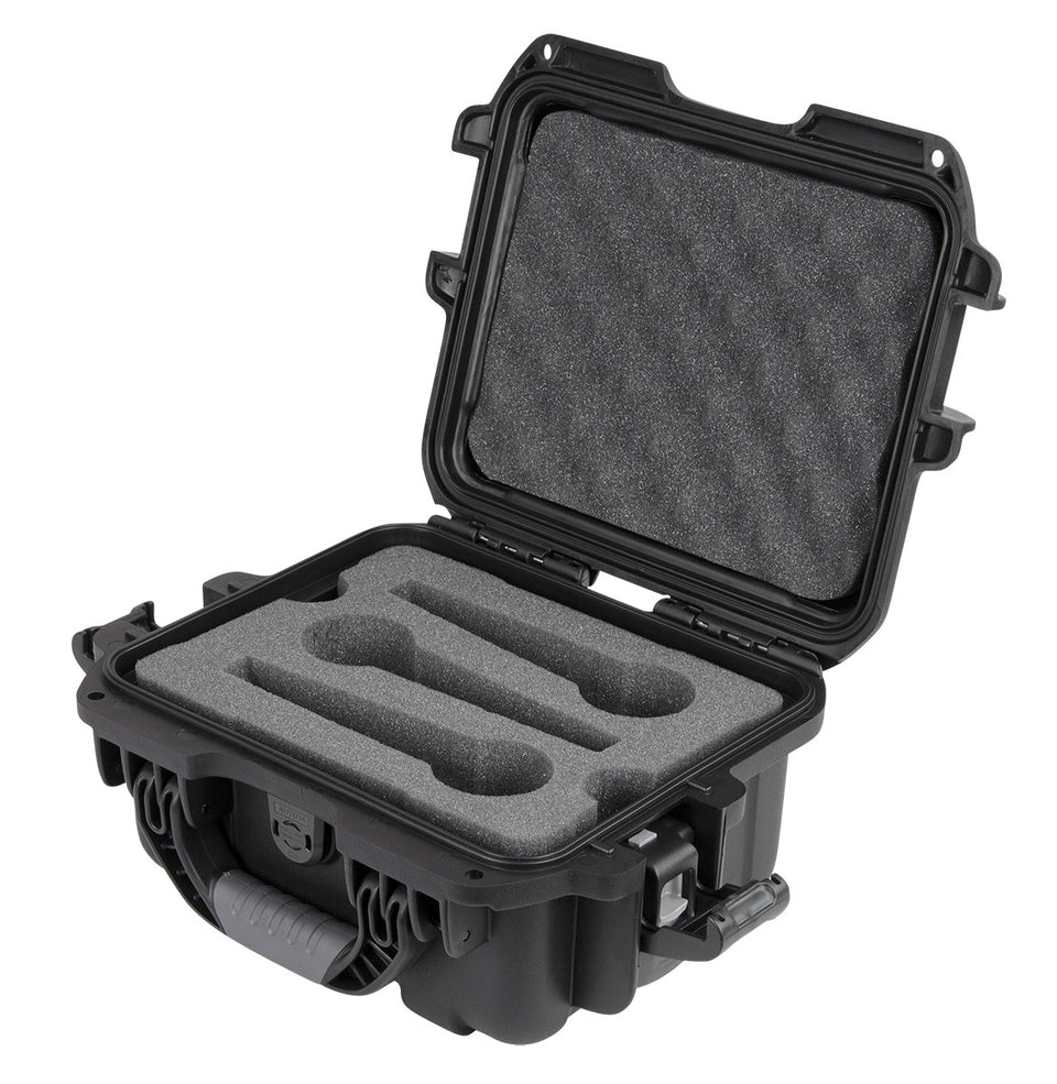 Gator Cases GM-06-MIC-WP Titan Series Waterproof Wired Microphone Case - 6 Mics