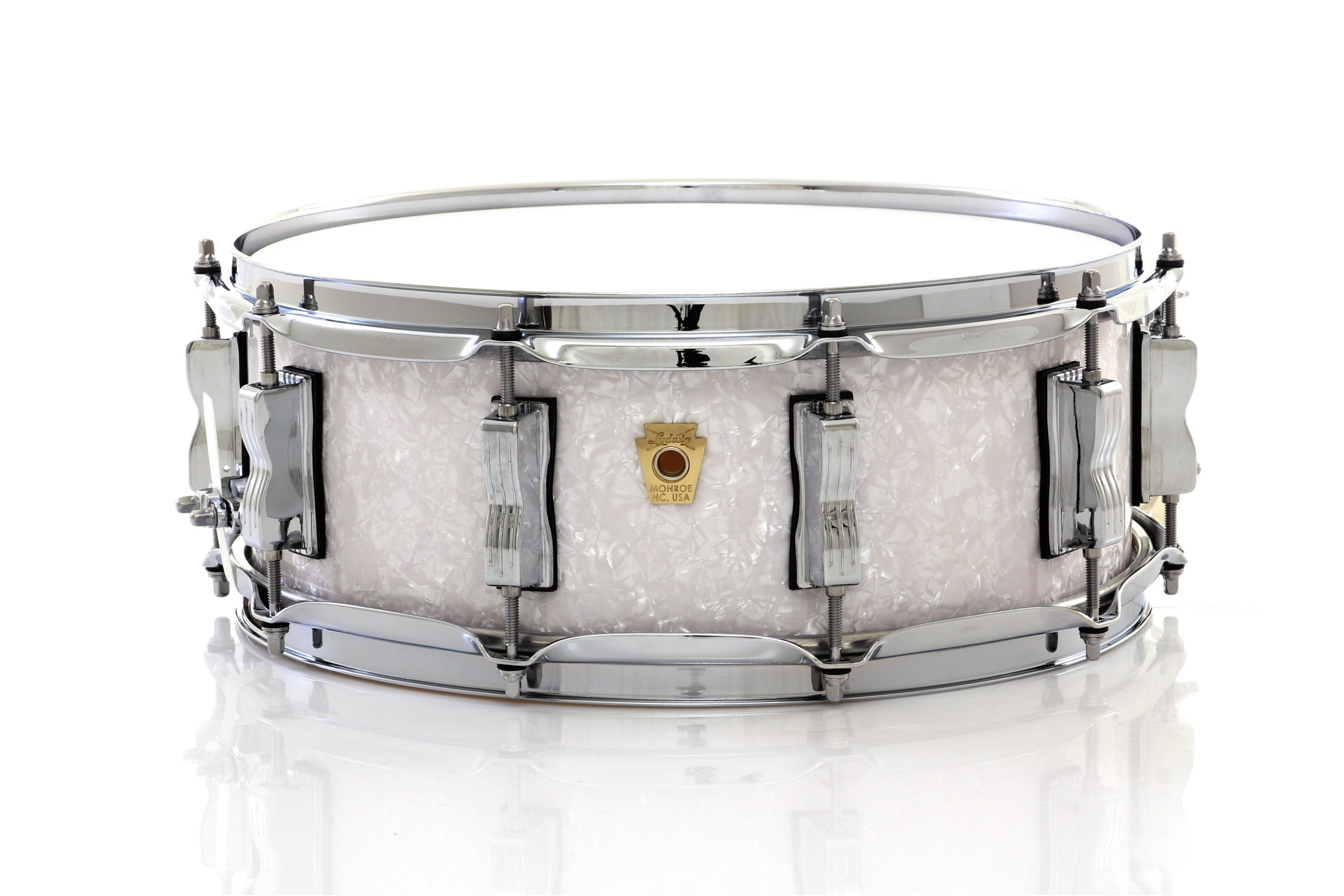 ludwig 14 x 5 classic maple snare drum white marine pearl chuck. Black Bedroom Furniture Sets. Home Design Ideas