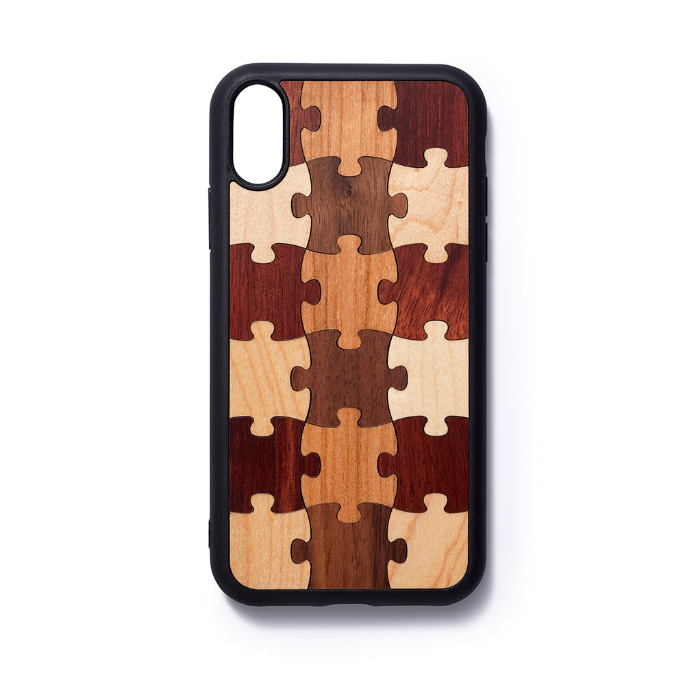 Wooden iPhone XR back case puzzle - Woodstylz