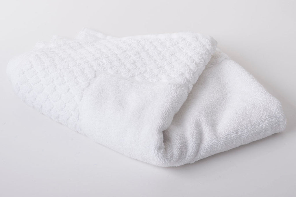 Popcorn Design Bath Mat Terry Towelling Cotton Mats White