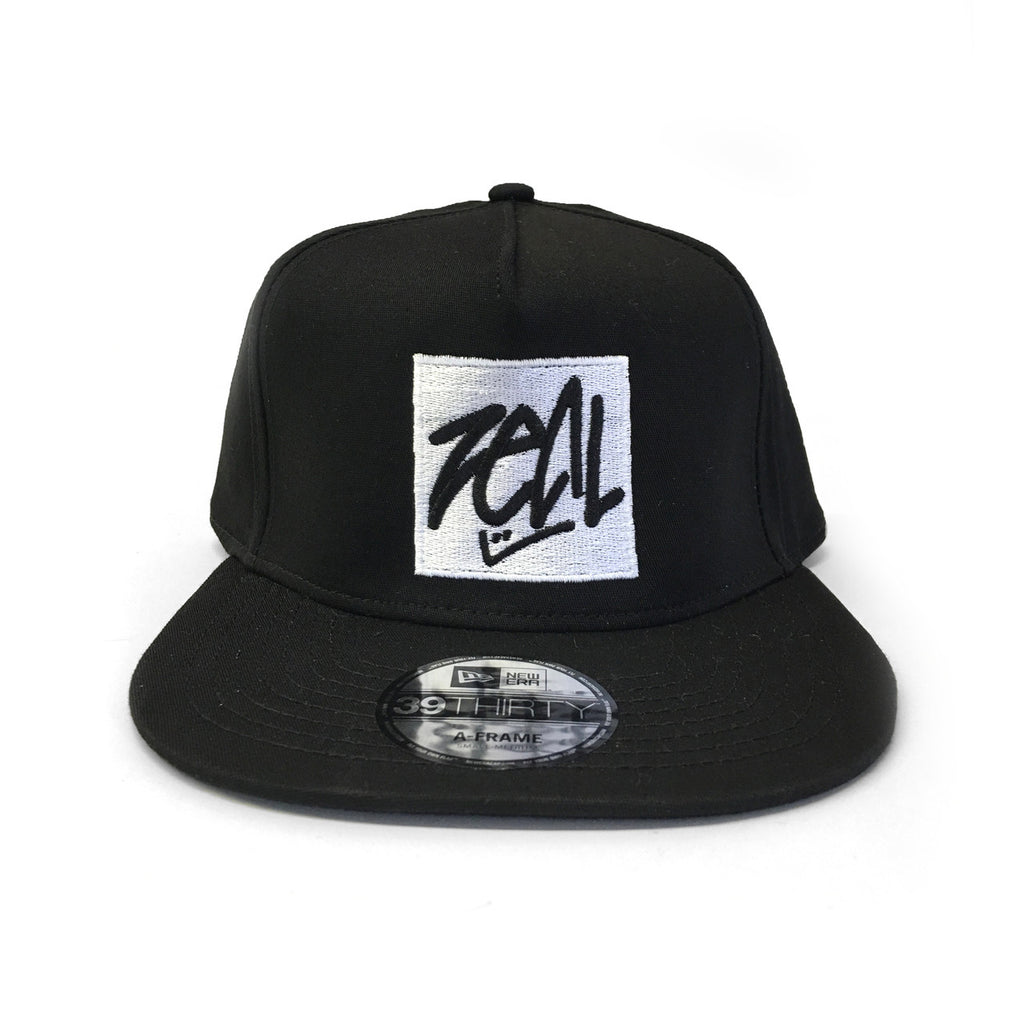 New Era 39Thirty Snapback Hat - Black
