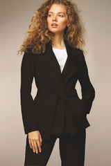 ARMARGENTUM: Blazer in schwarz für Frauen, Bindegürtel, vegan, umweltfreundlich, fair, organic, made in europe, handgefertigt - the wearness online-shop