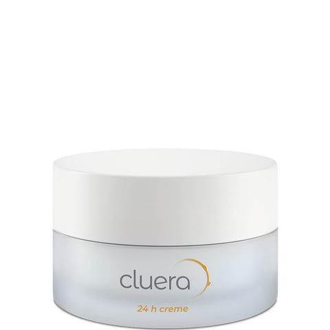 CLUERA 24h Anti-Aging Gesichtscreme, Naturkosmetik, Hautpflege, Anti-Aging Pflege, Vegan, Eco-friendly, Made in Europe, charitable, Nachhaltige Hautpflege, Sustainable Skincare - shop now - the wearness online-shop