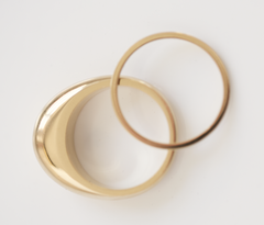 NOVE Narrow gold-plated ring | recycled gold, fair, handmade, made in Germany, vegan - the wearness