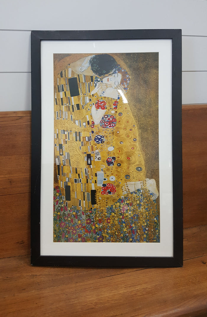 'The Kiss' by Gustav Klimt Graphic Art accessory