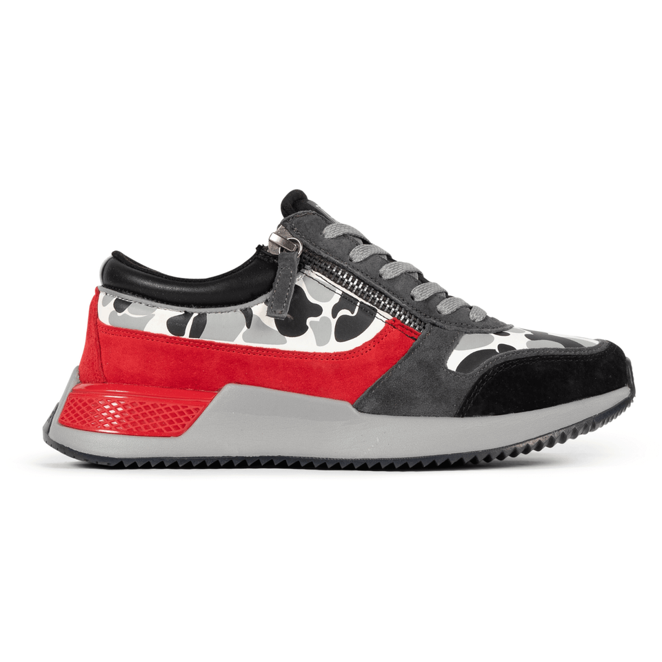 The men's Rodeo 2.5 sneaker, red, grey camo, reflective laces, a functional side zipper and suede. Side view