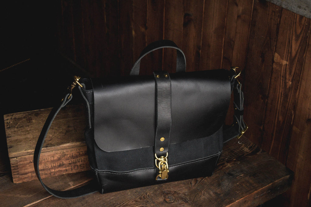 Folkland Messenger Bag