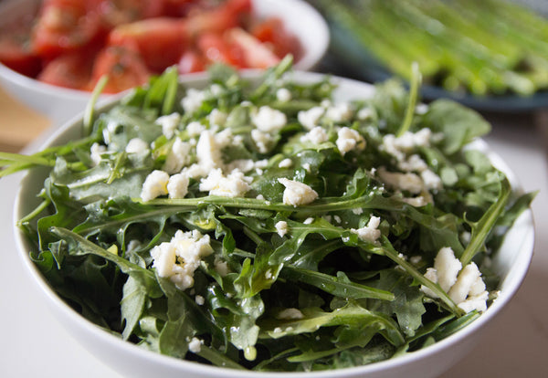 arugula salad with feta and lemon dressing