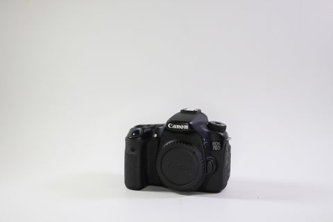 Canon EOS 70D Body (For Parts)