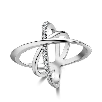Intertwined Matrix Pav'e Swarovski Elements Cocktail Ring in White Gold