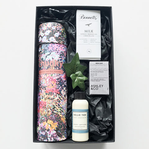 Simply Gorgeous gift basket - Chunky thermal bottle, Ashley & Co  natural soap, Nellie Tier natural body lotion, Bennetts milk chocolate - the perfect gift for Mother's Day or gift for her
