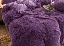 "Purple Shaggy Faux Fur King Bed Duvet Cover & Weighted Blanket (104"" x 88"")"
