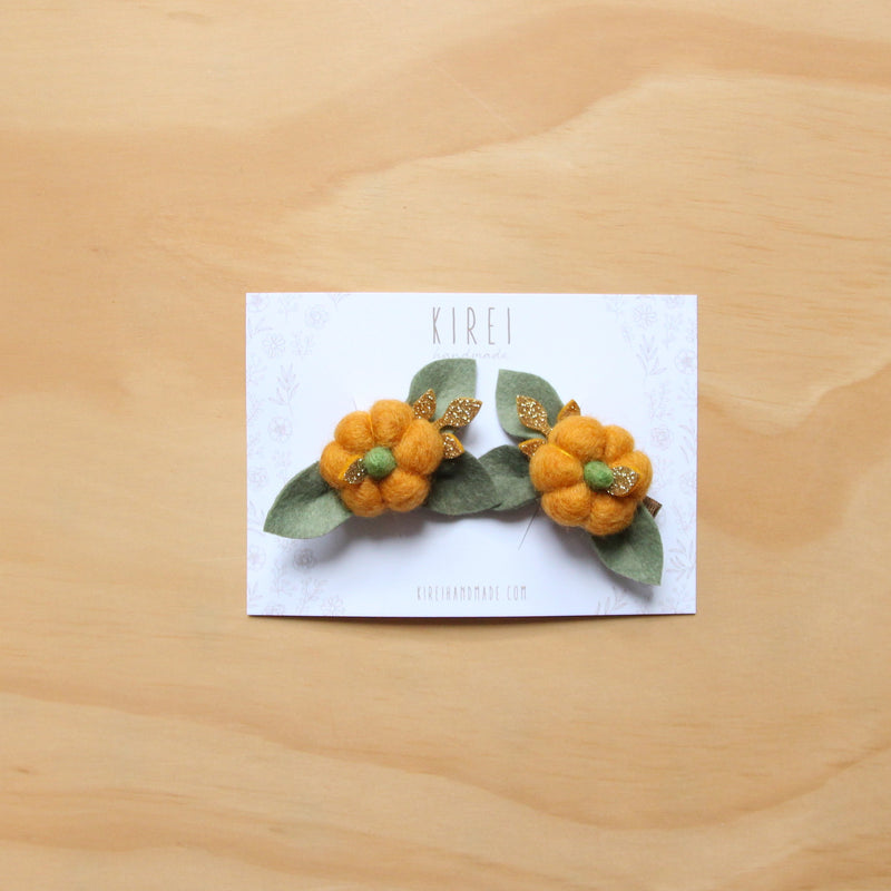 Pumpkin piggies clips - orange