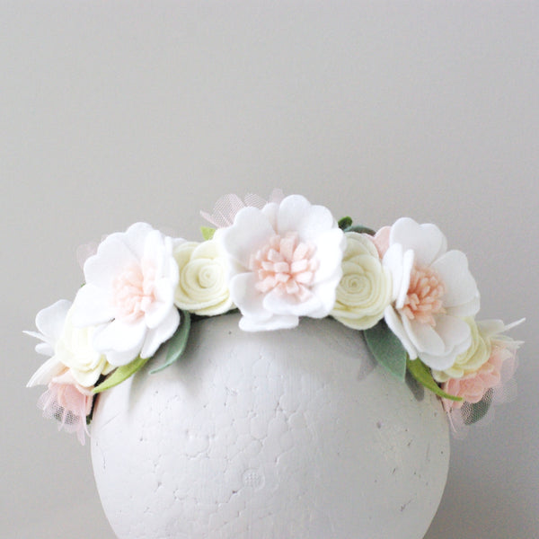 'Swan' maxi flower crown