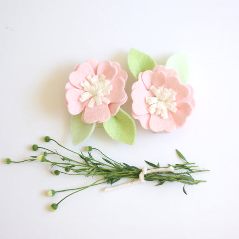 Kirei Bloom hair clips set - Baby Pink