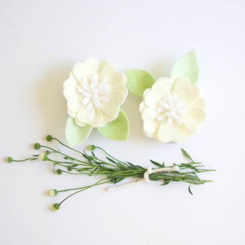 Kirei Bloom hair clips set - Ivory