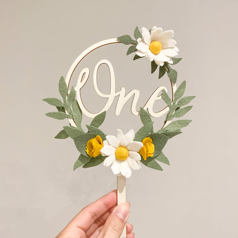Flower Wreath Cake Topper - classic blush *Multiple words to choose from*