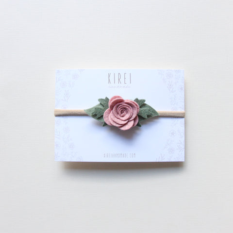 Pompom flower snap clip - peach