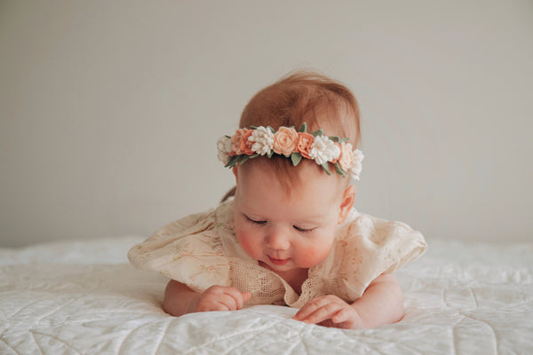 Dainty flower crown with FREE GIFTS - classic blush