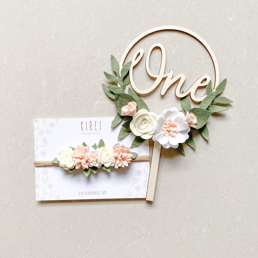 Flower Wreath Cake Topper - classic neutral *Multiple words to choose from*