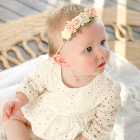 Dainty flower crown (mini) - classic neutral