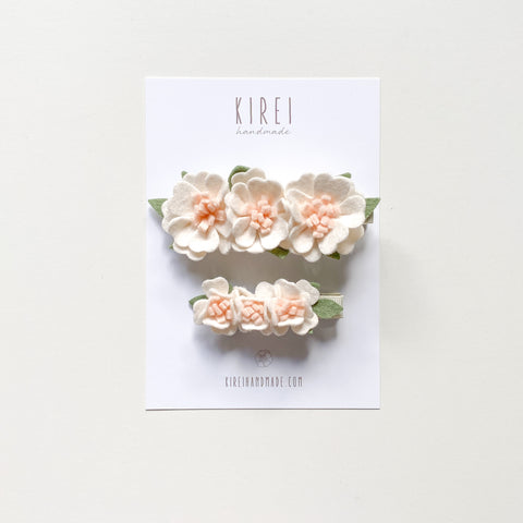 Mama and mini flower bar clip set