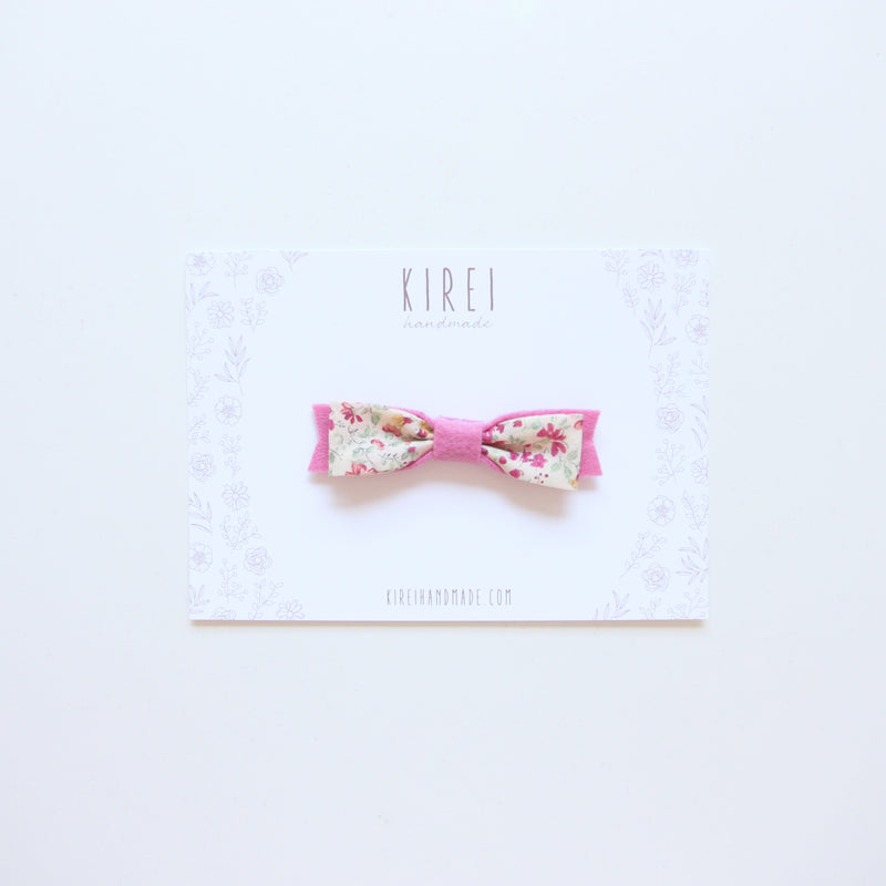 Floral bow headband - sweet pea