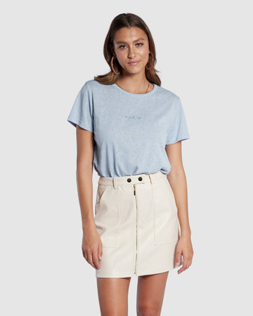 Apero - Mini Embroidered Femme Tee - Mauve Blue