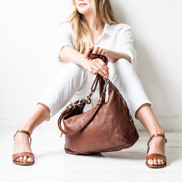 Juju & Co - Small Leather Slouchy - Cognac
