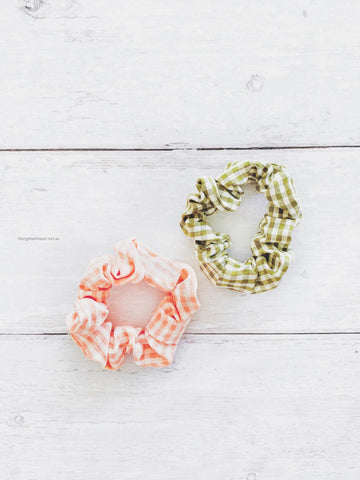 Angel Whisper - Suzette Gingham Scrunchie Duo - Green & Peach
