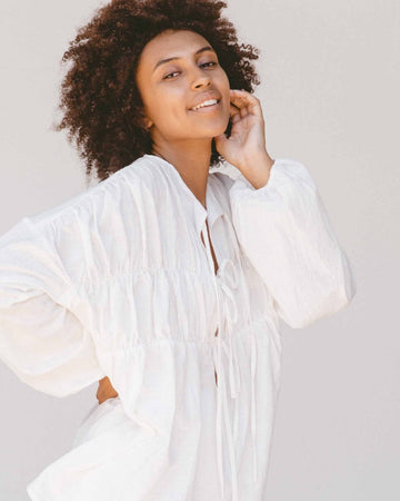 The Lullaby Club - Penny Smock Blouse // White