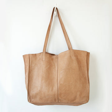 Juju & Co - Monterey Leather Tote - Natural