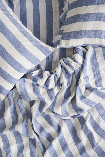 Society of Wanderers - Queen - Ruffle Flat Sheet - Chambray Stripe
