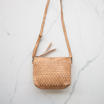 Juju & Co - Woven Pouch Bag - Natural