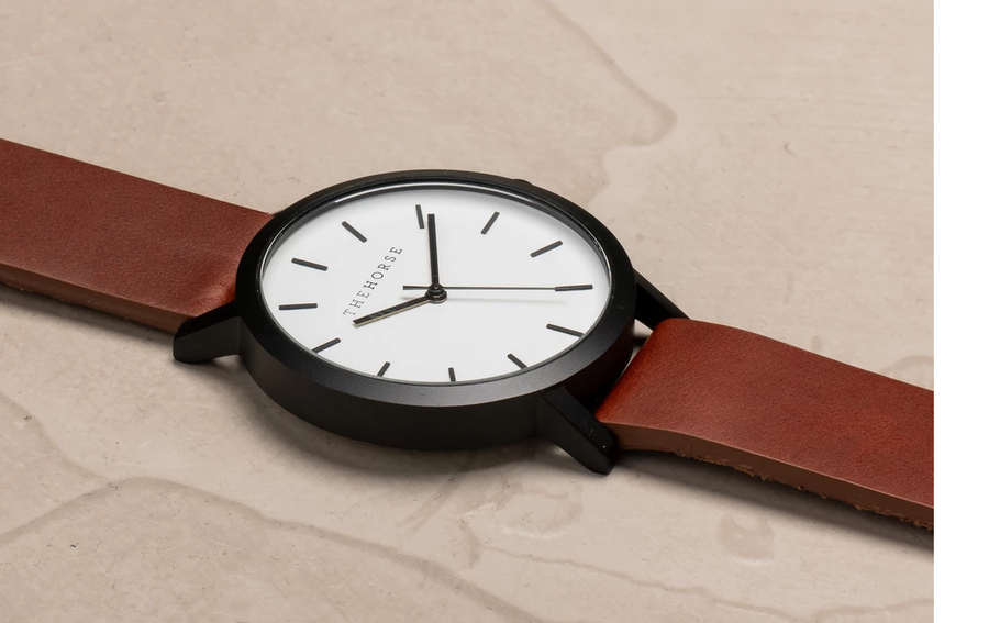 The Horse - The Original: Matte Black / White Face / Walnut Leather