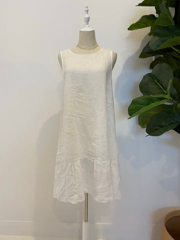 Montaigne - Linen Dress With Gathered Base - White