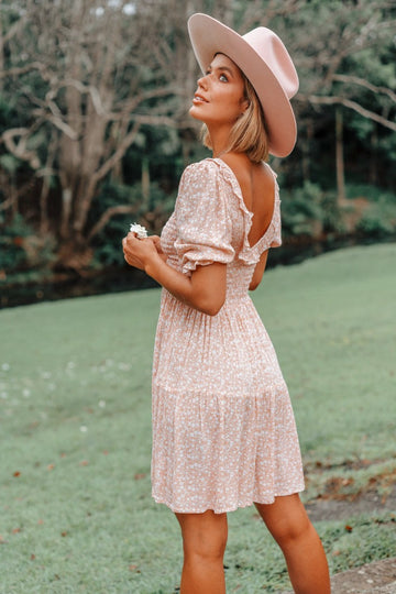 Barefoot Blonde - Garden Mini Dress - Peach