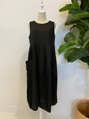 Montaigne - Sleeveless Linen Dress With Pockets - Black