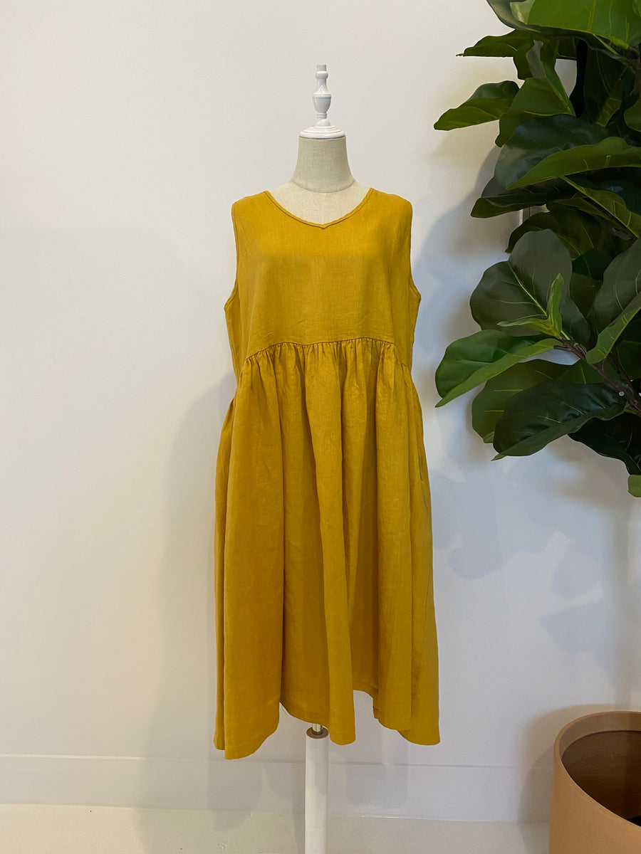 Montaigne - Linen Sleeveless Dress with V Neck & Pockets - Mustard
