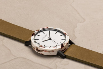 The Horse - The Mini Resin: Nougat Shell / White Dial / Olive Leather