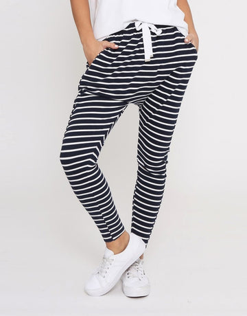 Leoni - Jordan Jogger - Navy with White Stripes