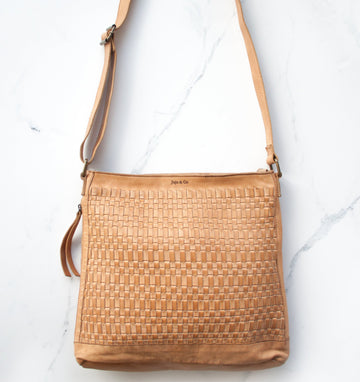 Juju & Co - Woven Hobo - Natural